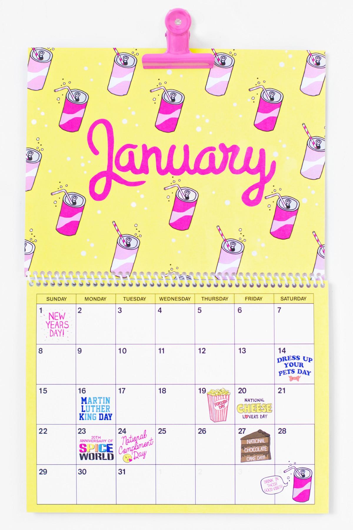 Free Printable 2017 Wall Calendar Studio DIY